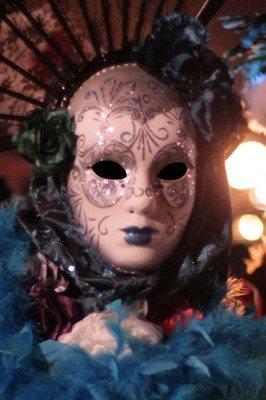karneváli maskara