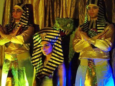 Cleopatra tánc Show